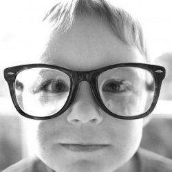 children-reading-glasses-e1308244395844